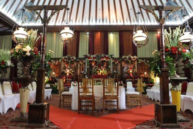 Granadi safira 2 luki susantini for Agung decoration